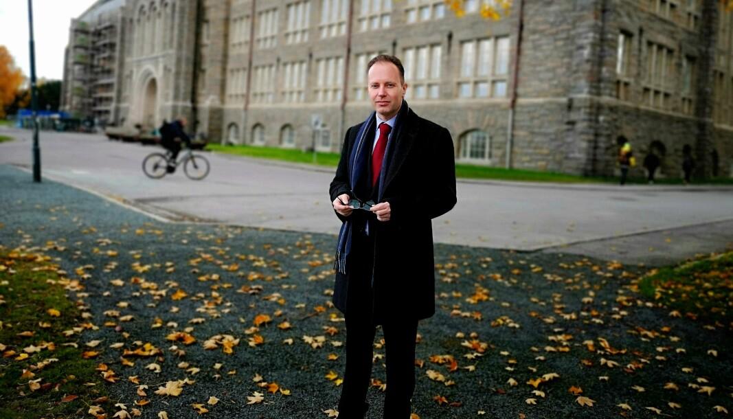 Advokatene til NTNU vet ikke om det er Øyvind Eikrem som har ført de omstridte ytringene i pennen, likevel mener de at det er han som er ansvarlig for dem.