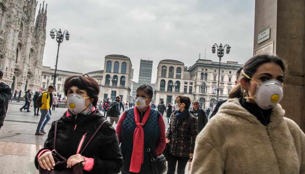 En rekke personer har testet positivt for koronaviruset i Italia. Bildet er fra Milano onsdag. Foto: IPA/NTB Scanpix