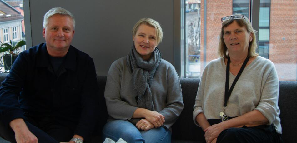 Dag Gunnar Stubberud, Kristin Flatlandsmo og Berit Valeberg jobber alle med masterutdanningen i anestesisykepleie ved OsloMet. Pilestredet, der de jobber, kan bli utsatt for en arealeffektivisering, hvis OsloMet følger rådet til et konsulentselskap. Foto: Anne Skifjeld