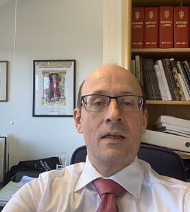 Dekan Karl Harald Søvig har jobbet fra sitt vanlige kontor på Dragefjellet.
