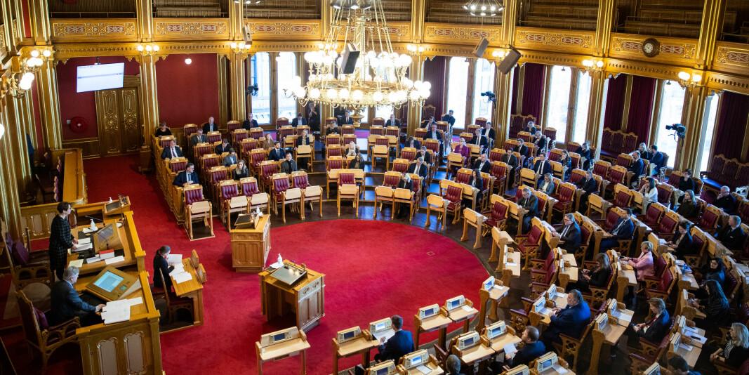 Stortinget bestemmer hvordan høgere utdanning skal finansieres. Flertallet har vedtatt å legge relevant arbeid etter endt utdanning inn som et nytt kriterium.