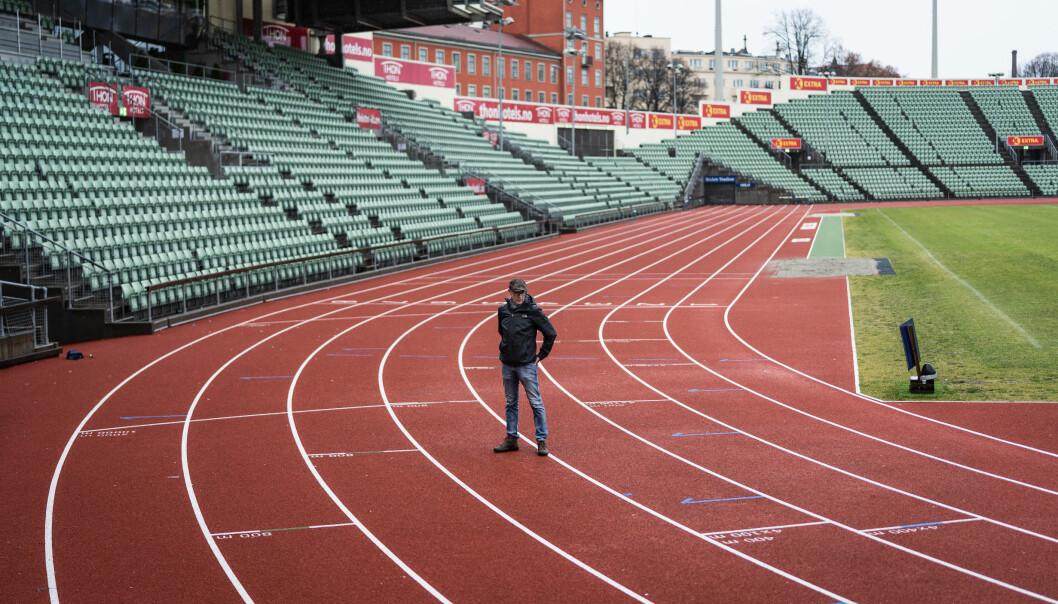 Attende på Bislett stadion. Det var her den lovande friidrettsutøvaren braut eit viktig løp. Natta før hadde han vore utsett for eit seksuelt overgrep.