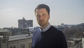 Formann i Fremskrittspartiets Ungdom, Bjørn-Kristian Svendsrud mener regjeringen bør ta initiativ overfor Lånekassen for å få senket renten.