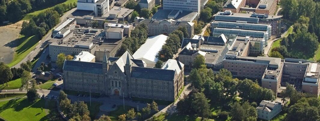 Fagmiljøer på Dragvoll og i Midtbyen skal samles rundt Gløshaugen (bildet) gjennom NTNUs store campusprosjekt.