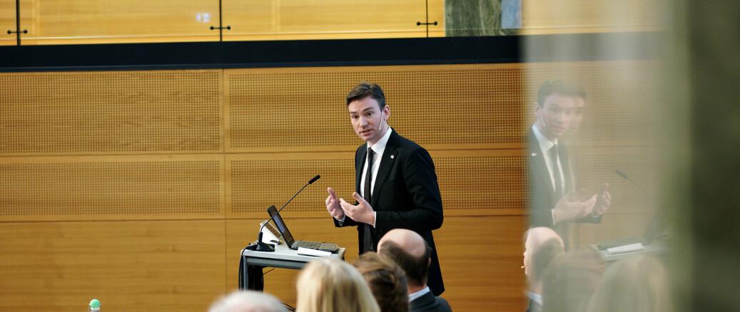 I februar 2020 mottok Henrik Asheim mange nye forslag til endringer i universitets- og høgskolelov fra Aune-utvalget. Nå har han offentliggjort sitt og regjeringens forslag. Stortinget får siste ord før sommeren.