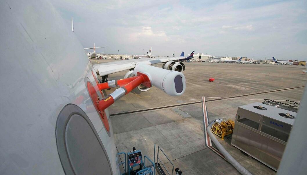 Avoid-askedetektoren ferdig montert på et A340-300 testfly. (Bilde: Fred Prata, Nilu
