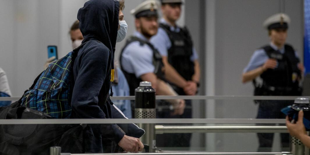 På grunn av koronaviruset kom en rekke tyske utvekslingsstudenter hjem med et spesialfly fra Chicago ved utgangen av mars, her er en av dem. Også i Europa har mange studenter reist hjem på grunn av pandemien.