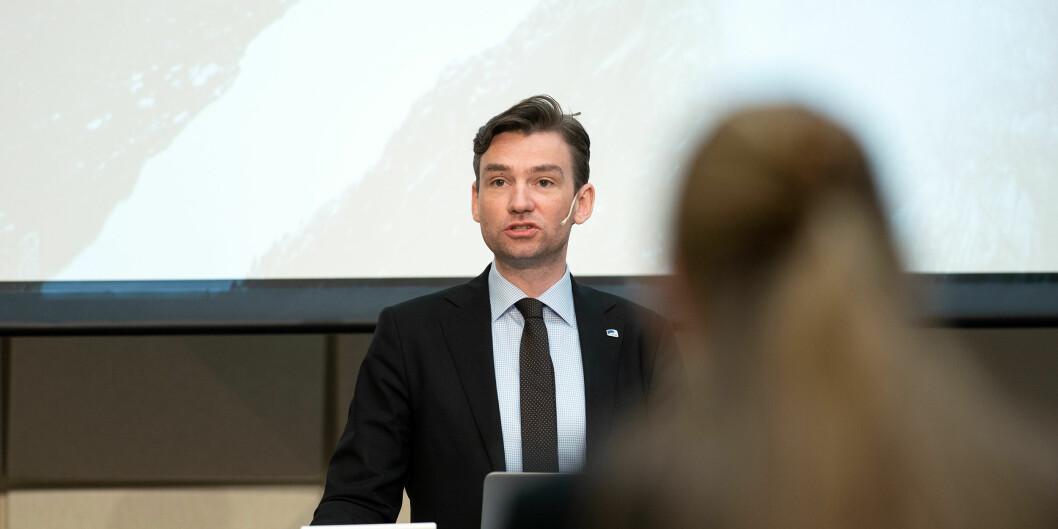 Statsråd Henrik Asheim vil kompensere også utenlandske studenter i Norge for inntektstap. 2020.