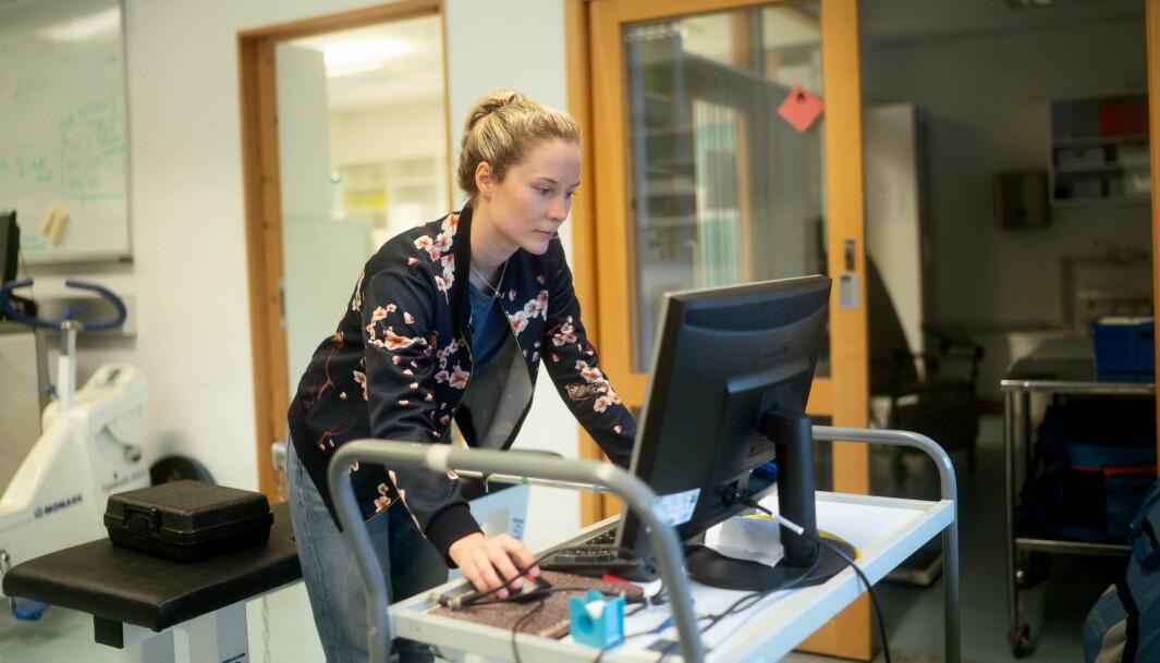 Mari Bratteteig, har blitt forsinket i sitt doktorgradsarbeid. Enbdelig er hun på campus, men datainnsamling må vente lengre.
