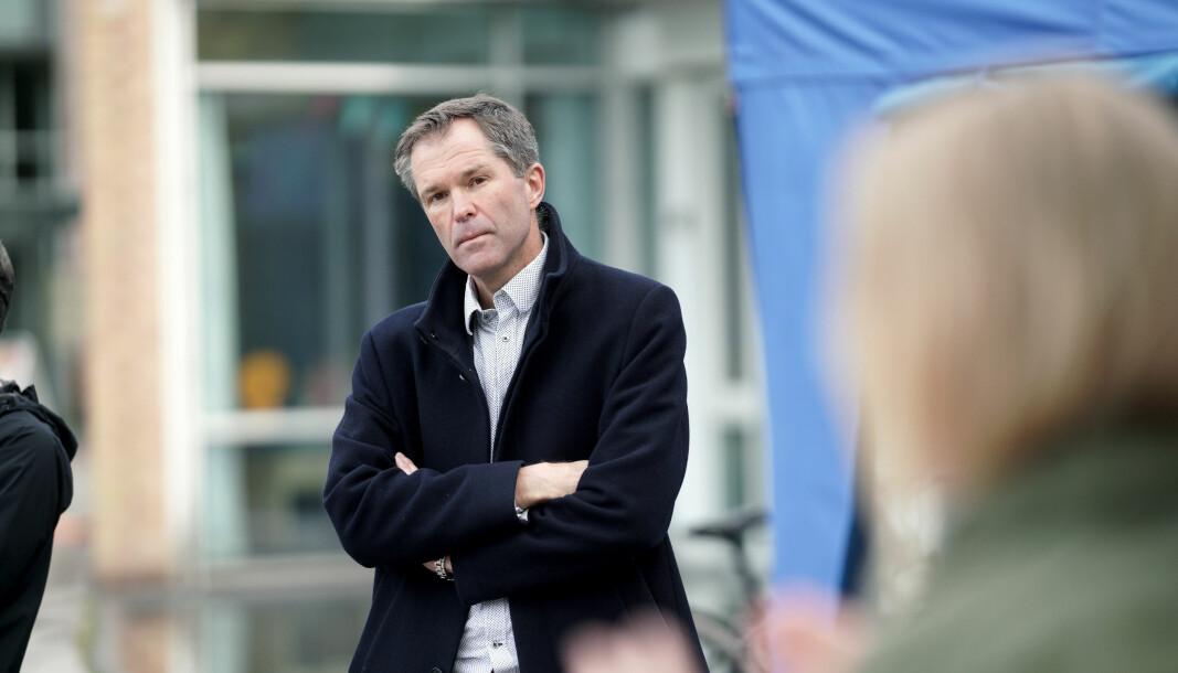 John-Arne Røttingen, administrerende direktør i Forskningsrådet får både ris og ros av Nils Roll-Hansen.
