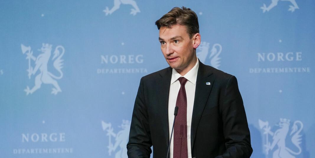 Forsknings- og høyere utdanningsminister Henrik Asheim under Regjeringens pressekonferanse om gjenåpning av samfunnet.