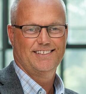 Morten Brekke ved UiA ser fordeler ved kveldsforelesninger.