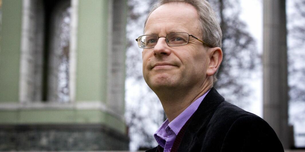 Filosof Henrik Syse mener at filosofkollega Egil H. Olsvik kommer med svært harde anklager, som han mener skyter langt over mål,.  FOTO : JAN PETTER LYNAU / VG