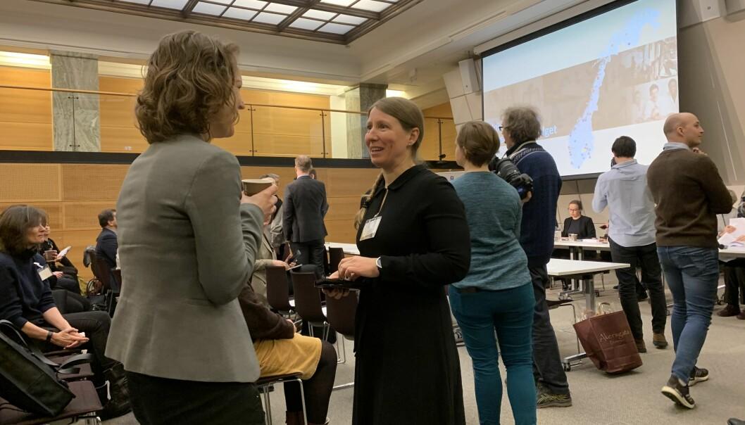 Leder i forskerforbundet, Guro Lind, er ikke fornøyd med hvordan medbestemmelse og medvirkning er håndter på universiteter og høgskoler under koronakrisen.