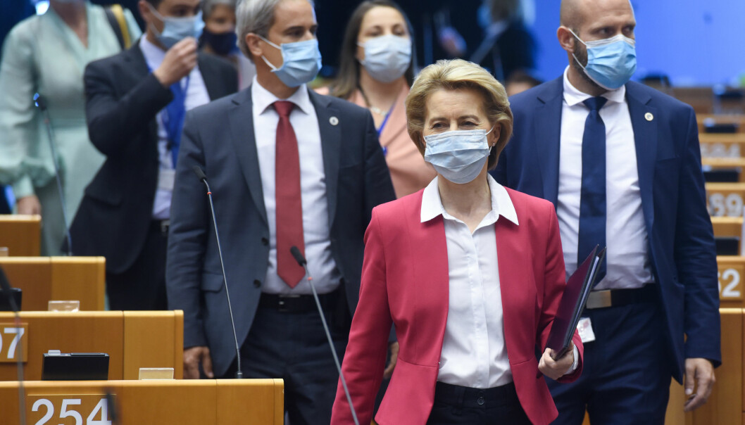 EU-kommisjonens president Ursula von der Leyen er en av EU-toppene som nå får 16.000 underskrifter fra akademikere i fanget.