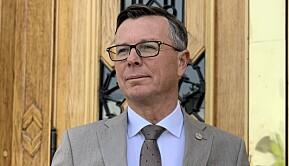 Rektor Dag Rune Olsen sier universitetet ikke var forberedt.
