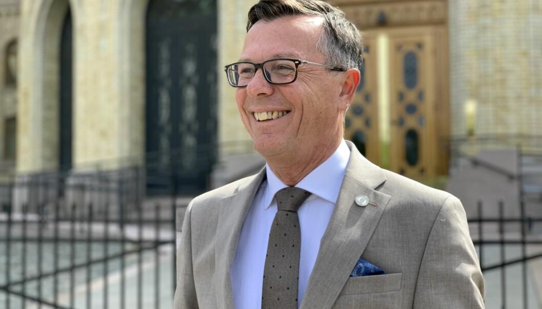 — Det koster litt, men vi mener det er en god investering, sier rektor ved UiB, Dag Rune Olsen.