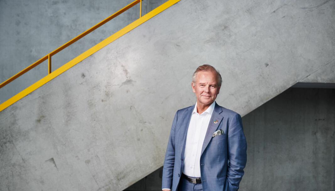 Rektor Ole Petter Ottersen kritiserer lovforslaget fra den parlamentariske migrasjonskomiteen om blant annet strengere språkkrav for å få opphold i Sverige.
