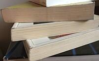 Foretrekker studentene å lese norske lærebøker på papir fordi de ikke har tilgang på e-bøker?