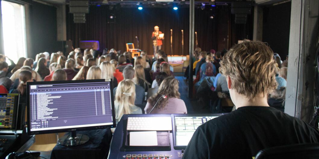 Prosjektperioden på Rosenborg skole i Trondheim ble avsluttet med konsert på konsertscenen Dokkhuset, der elevene framførte sangene de hadde laget.