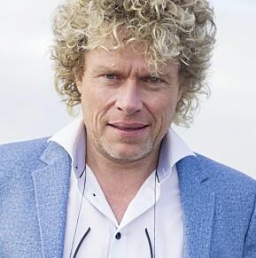 Den vesle høgskulen har 30 studentar, og får slett ikkje berre kritikk i Nokut-rapporten. Dag Jørund Lønning er rektor.