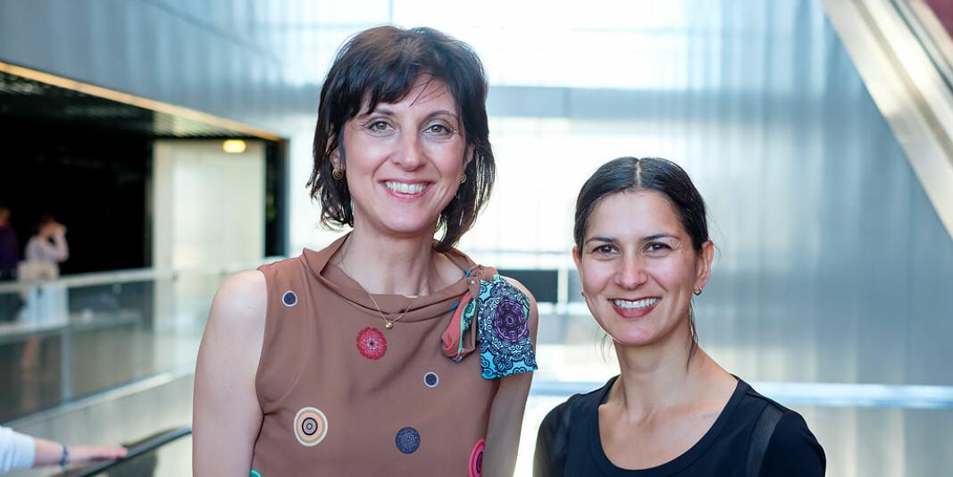 — Vi mener at andre filosofiske tradisjoner ikke bør avvises helt fra måten vi driver med forskningsbasert praksis, sier Elena Rocca (t.v.). Her med Rani Lill Anjum.