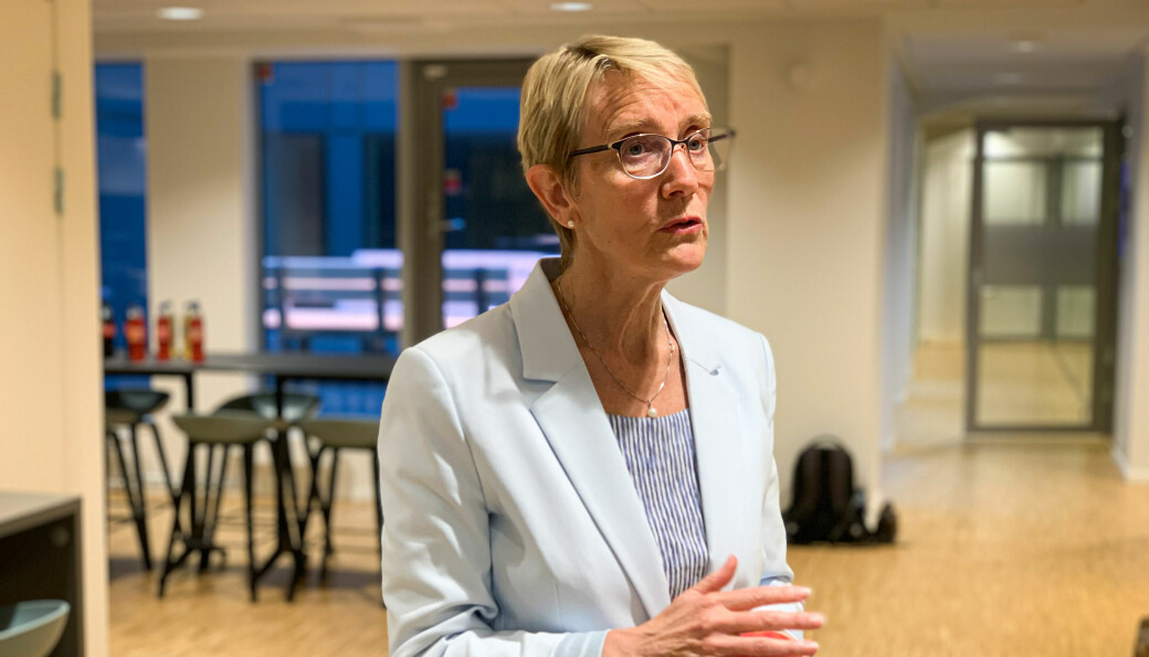 — Så snart kommunen tillater det, vil studentene få komme tilbake igjen på campus, sier rektor Anne Borg ved NTNU.