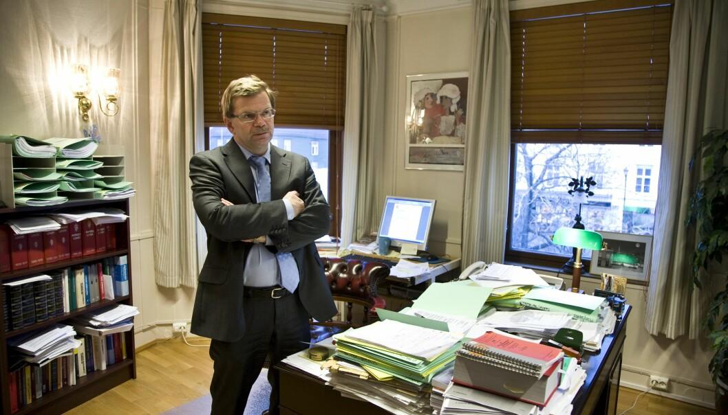 — Det er oppsiktsvekkande at arbeidsgjevar tydelegvis fullstendig ignorerer arbeidstaker sin helsesituasjon, seier Eikrems advokat, Torfinn Svanem. Her er han fotografert i samand med ei rettssak han var forsvarar i for nokre år sidan.