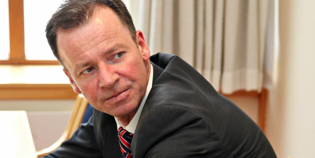 Roger Ingebrigtsen då han framleis var statssekretær. I 2012 trekte han seg etter å ha hatt eit seksuelt forhold til ei kvinne som den gong var 17 år.