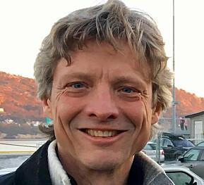 Vi har sett trenden over tid, sier filosofiprofessor Bjørn Torgrim Ramberg.