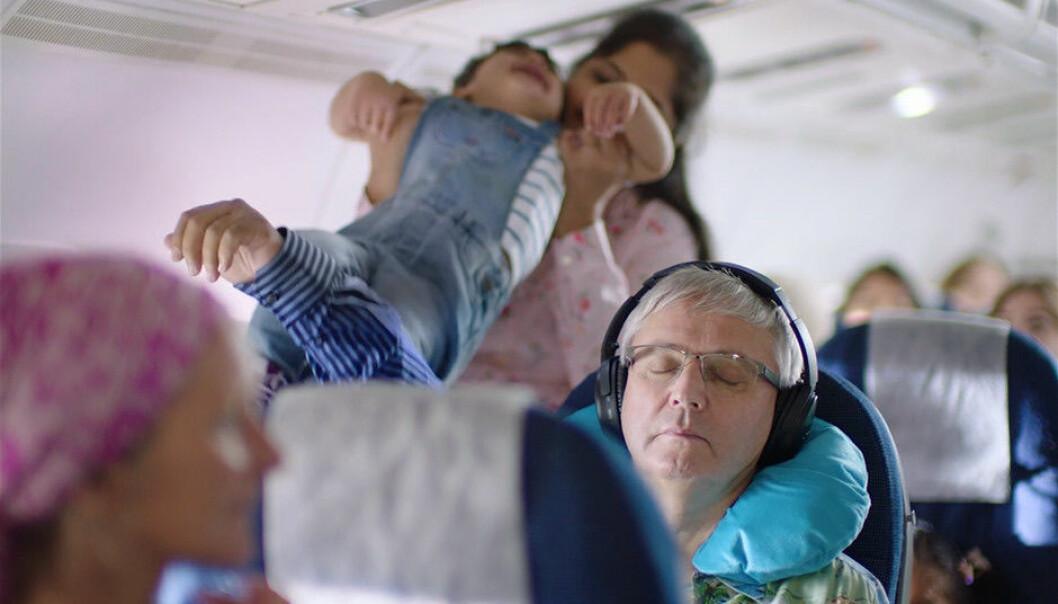 Kva skjer når nokon plutseleg bestemmer seg for å aksjonera ombord i eit fly? Det prøver filmen De berørte å visa.