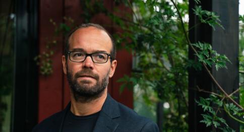 — Intellektuelt sjølvmord å skrive sakprosa på norsk