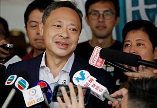 Demokratiforkjemper Benny Tai fikk sparken av Universitetet i Hongkong