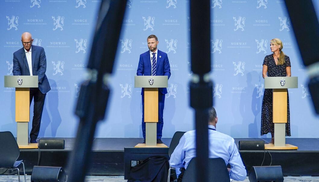 — Vi tror jo at denne ventetiden er over om ikke så mange uker, sa helsedirektør Bjørn Guldvog på onsdagens pressekonferanse.