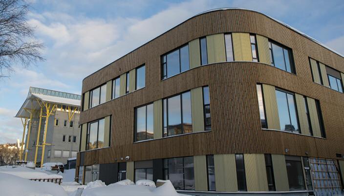 Det nye bygget ligger sentralt på campus i Tromsø.