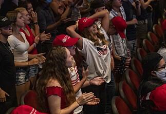 Færre enn én av fem studenter vil gi Donald Trump fire nye år