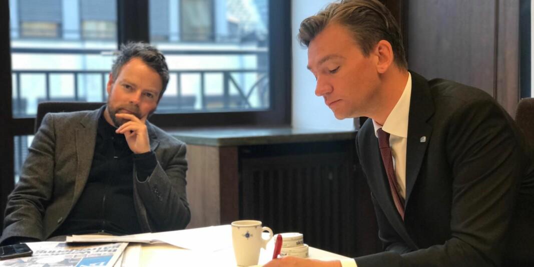 Henrik Asheim får ansvaret for Arbeids- og sosialdepartementet mens Torbjørn Røe Isaksen er i pappapermisjon. Det er ikke første gang Asheim overtar for Røe Isaksen. Han var vikarierende kunnskapsminister i ti uker i 2017. Bildet stammer fra overtakelsen.
