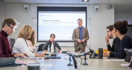 Tidsbruk på doktorgrad og ny campus på styremøte