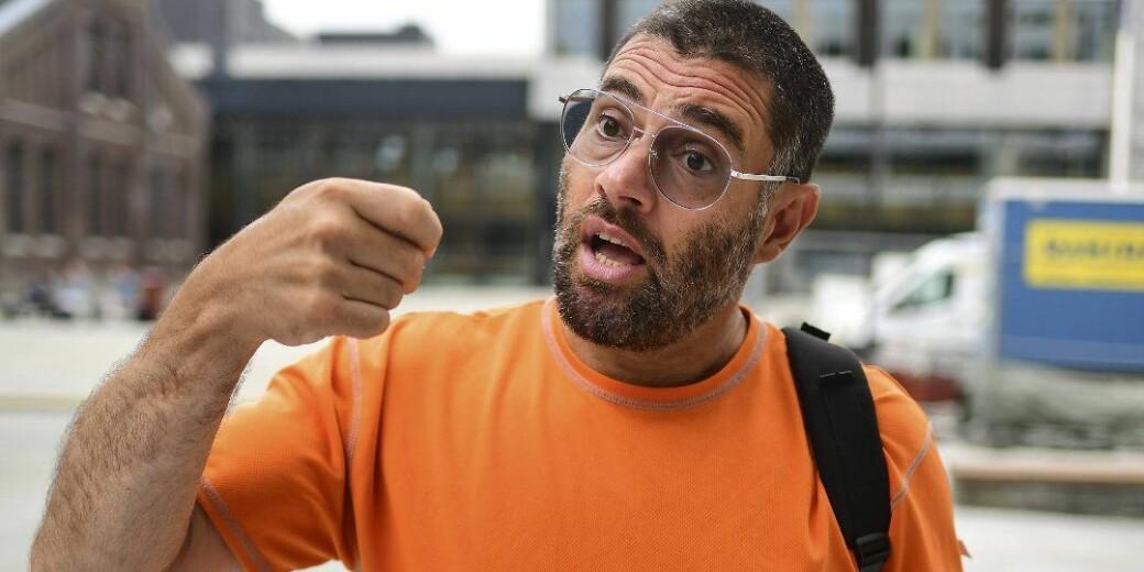 Sergio Martinez-Castro er midt i en pågående arbeidskonflikt med Høgskulen på Vestlandet. Nå har han bestemt seg for å saksøke høgskolen.