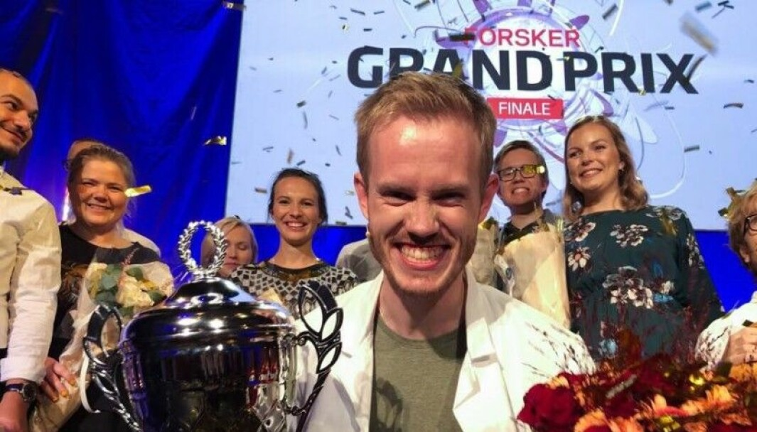 Søvnforsker Daniel Vethe vant Forsker grand Prix i 2019. Lørdag kveld kan du følge med og se hvem som blir årets vinner.