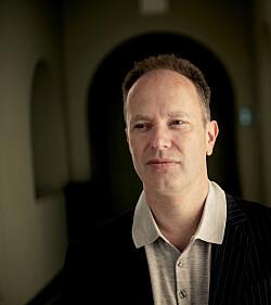 Øyvind Eikrem, fotografert på NTNU Gløshaugen. Foto: Marthe A. Vannebo