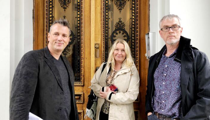 Helge Holgersen, Mariann Helen Olsen og Steinar Vagstad, alle frå Forskerforbundet, fekk legga fram saka for universitetsstyret.