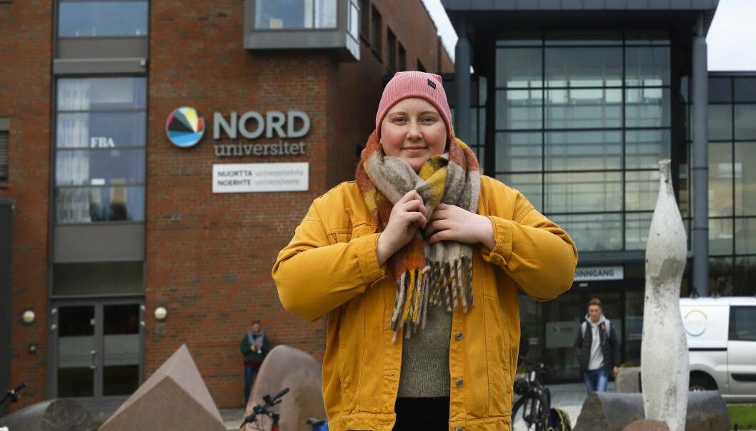 Emelie Johansen er ein engasjert student, som òg ser mot NSO. Men først må ho vert heilt kreftfri.