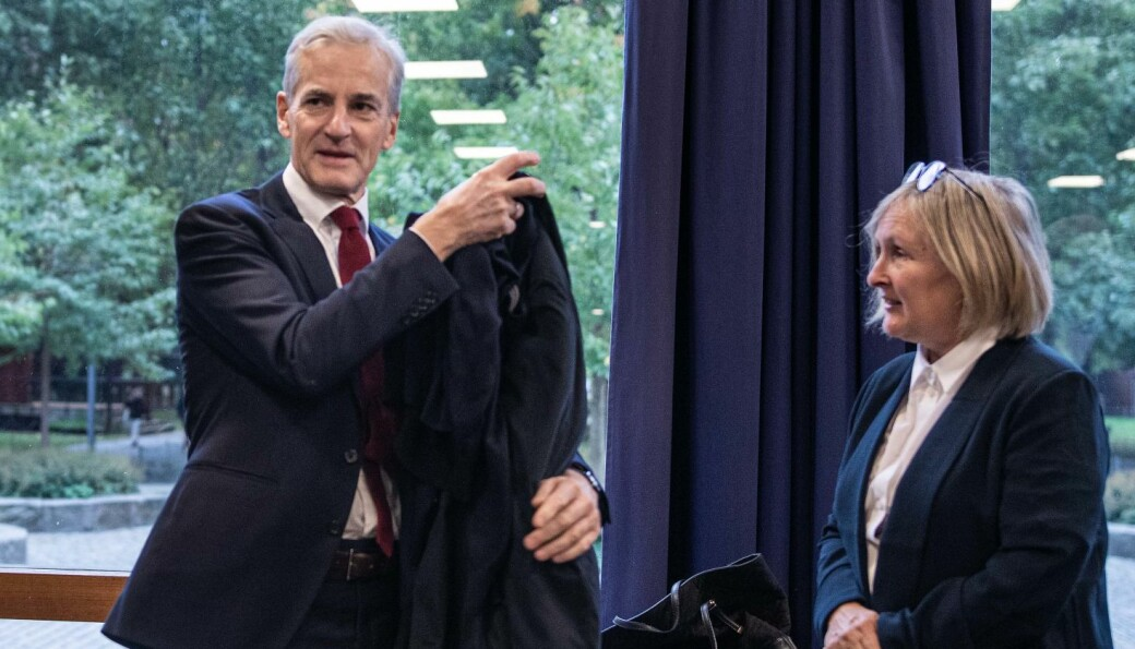 Prorektor for utdanning ved Universitetet i Oslo, kom med både ris og ros til Arbeiderpartiets nye forslag til program for høyere utdanning, kompetanse og forskning. Her sammen med partileder Jonas Gahr Støre, som startet dagen med egen forelesning for UiO-studenter.