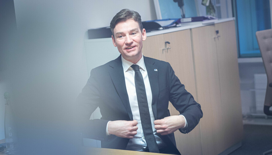 Henrik Asheim har utlyst midler for kommuner, idelle og private aktører.