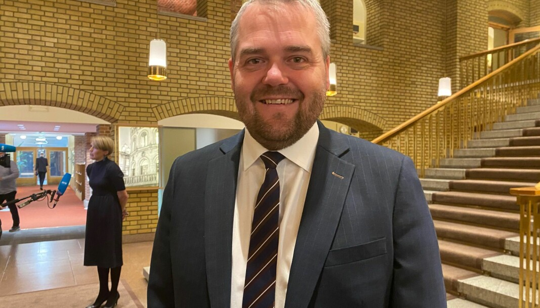 — Behovet for byråkrater i departementer og direktorater er mindre, mener Roy Steffensen (Frp) som foreslår solide kutt i sitt alternative budsjett.