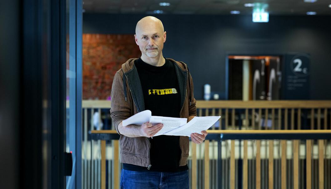 — Jeg bladde litt fram og tilbake og tenkte «pokker, dette er identisk», sier stipendiat Thomas Owren ved Høgskulen på Vestlandet.