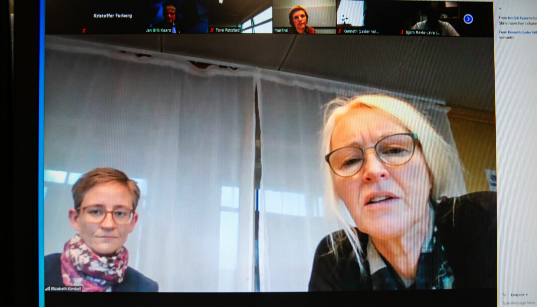 Onsdag ettermiddag arrangerte NTNU koronamøte for studentledere med ledelsen, smittevernlege Elizabeth Kimbell (t.v.) og kommuneoverlege Tove Røsstad i Trondheim.