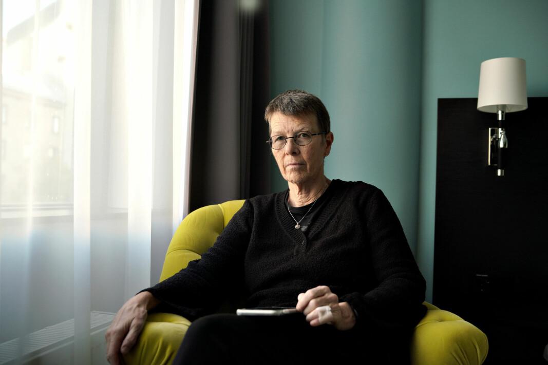 Medisinprofessor Anne Berit Guttormsen ble kjærlighetssvindlet og betalte ut nesten 13 millioner kroner til en person hun traff på en datingside. — Jeg har feilet og reist meg. Nå må jeg komme videre, sier Guttormsen.