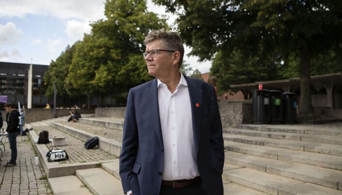 Rektor Svein Stølen beskriver det som en veldig krevende situasjon for Universitetet i Oslo.